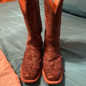 Ladies Western Boots size 8 1/2